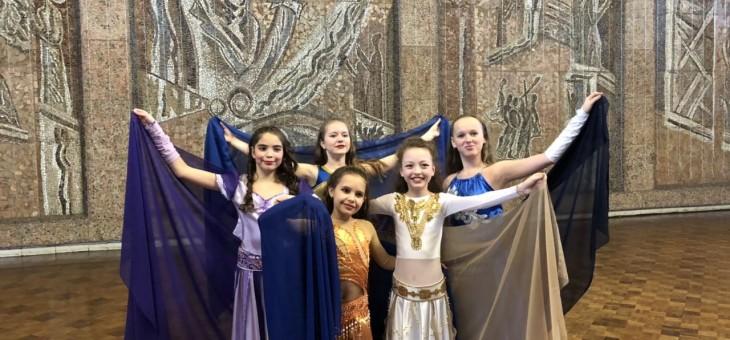 Задорные каблучки наших юных танцоров!