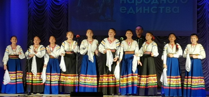 Выступление народного коллектива Студия народной песни «Калинушка
